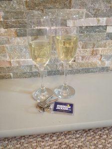 champagne keys