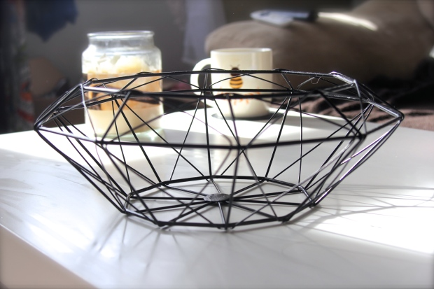 Tiger Black Wire Fruit Bowl 60s Geometric Scandi