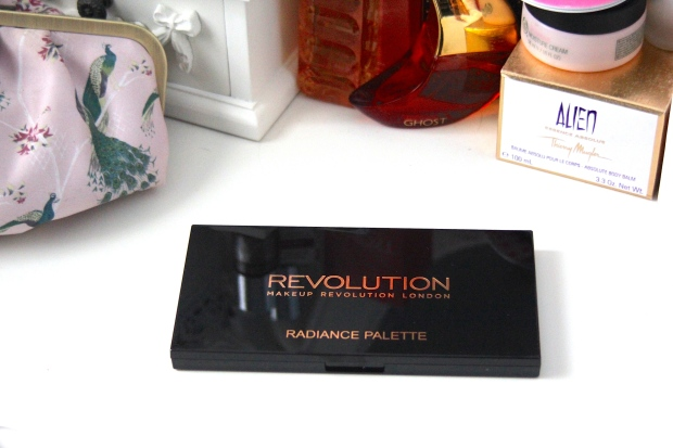 frocks and flowers frocks & flowers uk lifestyle blog beauty blog makeup revolution review highlighter radiance palette review hourglass ambient lighting dupe