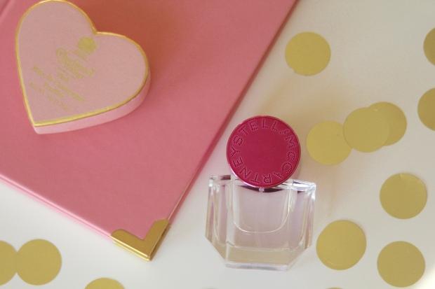Frocks and Flowers edinburgh lifestyle blog edinburgh beauty blog stella pop perfume review